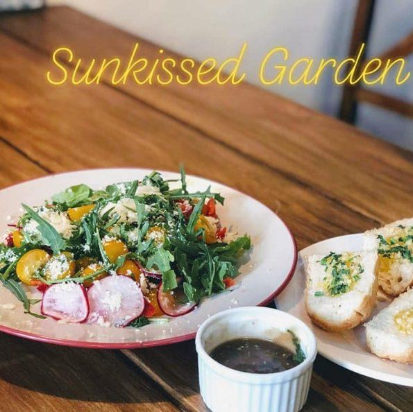 salad củ cải đỏ_ Garlic Bread (2)