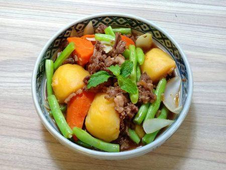 Thịt xay hầm khoai tây baby đỏ - Red potato