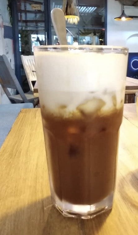 Coffee macchiato (iced) 58,000