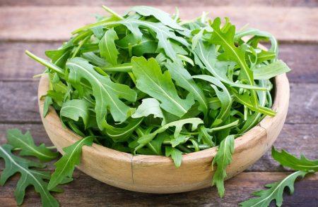 Santorino coffee & Veggies Healthy Lifestyles- công dụng tuyệt vời của rau rocket -