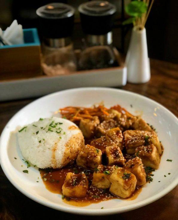 Santorino Teriyaki crispy tofu and rice