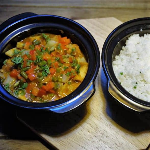 Tamarin tofu - Cơm đậu hủ sốt me và nấm đông cô tươi