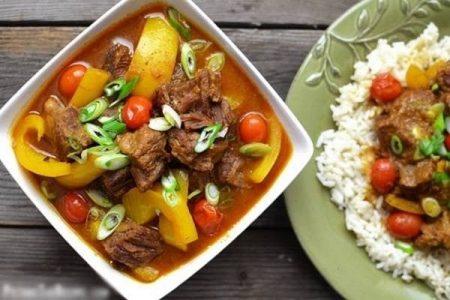 Cari bò nấu ớt chuông vàng - By Santorino coffee & Veggies Healthy Lifestyles