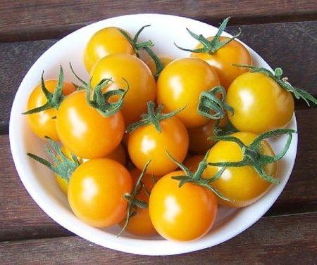 Lợi ích không tưởng của cà chua bi vàng - Santorino Coffee & Veggies