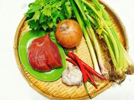 Ngò tây xào thịt bò