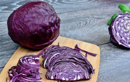 Bắp cải tím là dòng rau gì? Santorino Coffee & Veggies