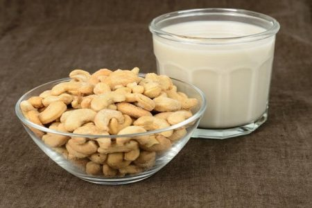 Sữa hạt điều - Santorino Coffee & Veggies