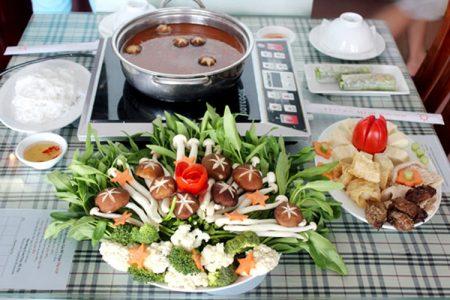 du lịch đà lạt ăn chay ở đâu ngon santorino