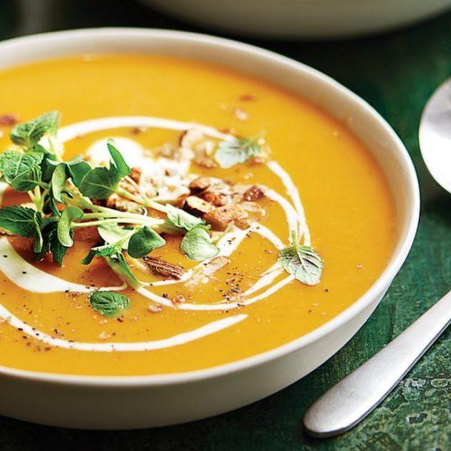 Bí đỏ – Creamy-pumpkin-soup-recipe