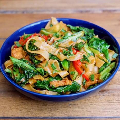 my sunshine veggie vegan pasta by Santorino coffee & veggies Ho Chi Minh