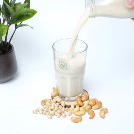 Sữa hạt điều nguyên chất làm từ hạt điều sống
