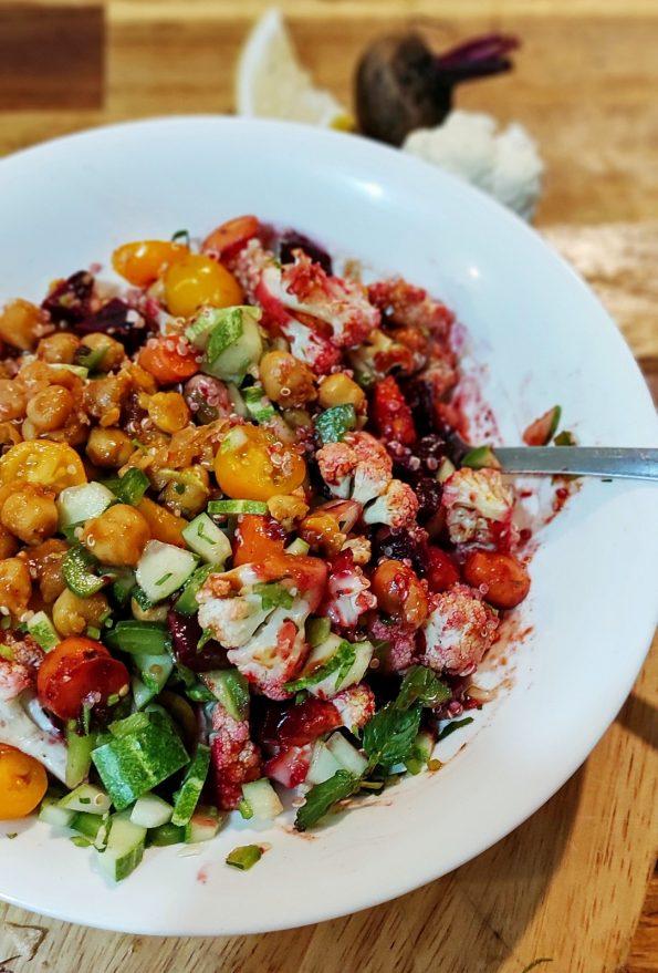 Root and raw bowl – Salad củ và quả