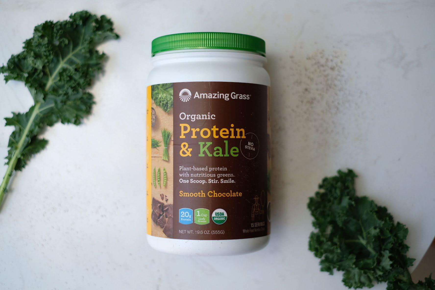 Vitamin và bột protein thực vật