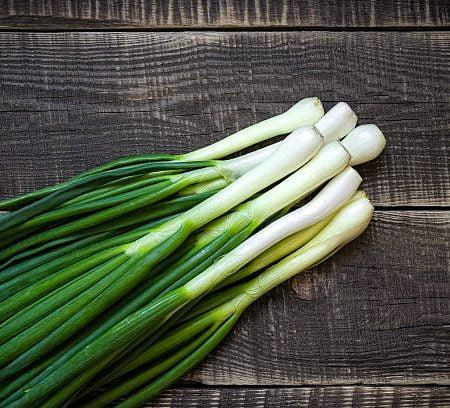 hanh la - spring onion